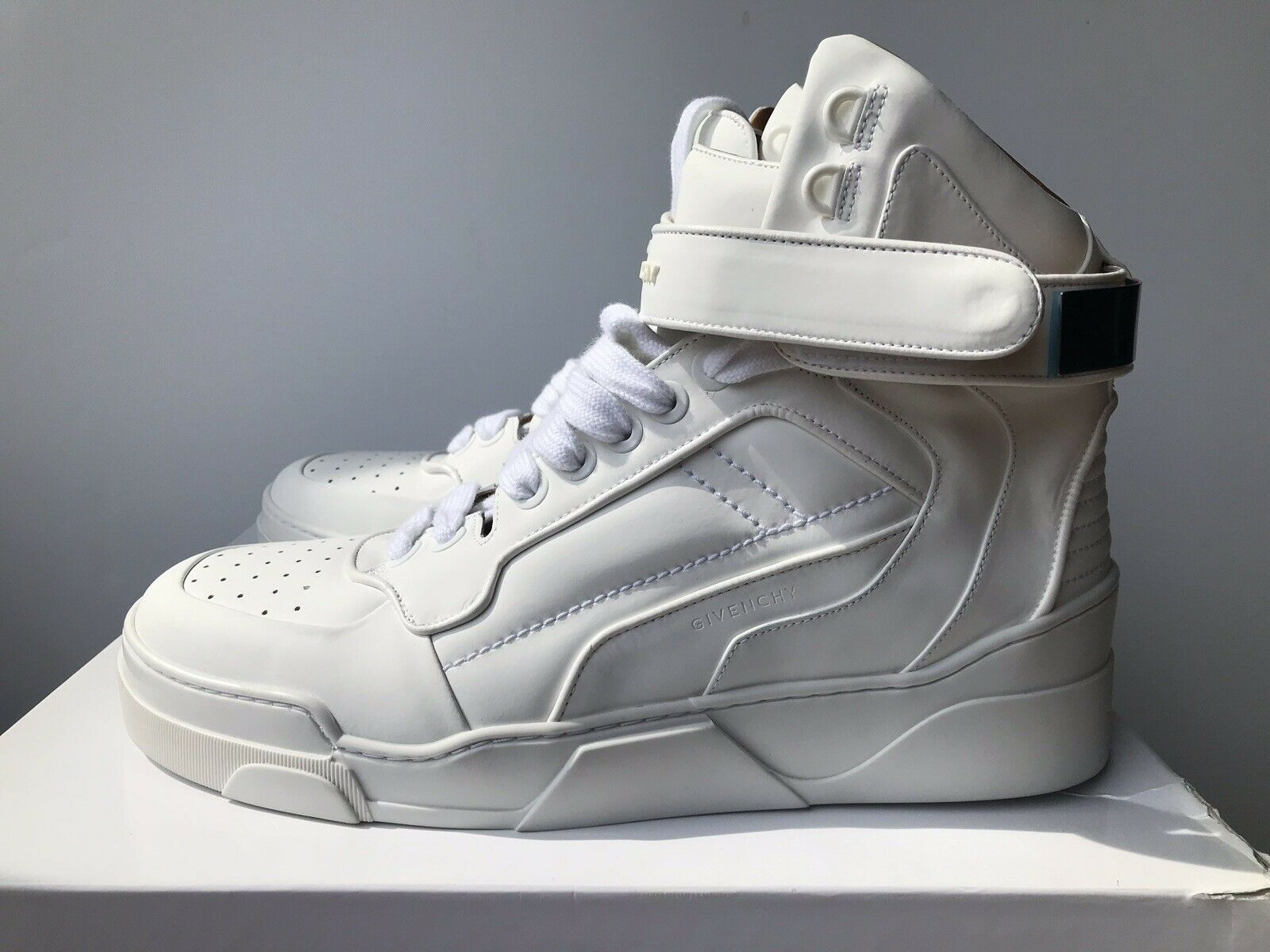 GIVENCHY FW13 White Leather Sneaker High Metal B shoes Sneakers 45 US12 NIB