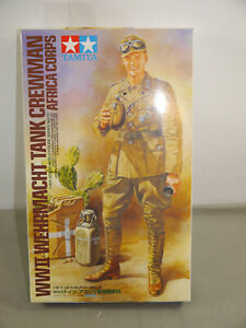 Tamiya-36310-WWII-Armed-Forces-Tank-Crewman-Africa-Corps-1-16-K12