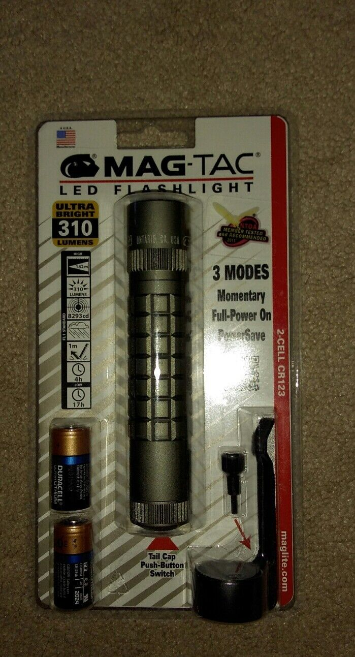 Maglite Mag-Tac led tactical flashlight 310 lumens color tan,battery incl.NEW