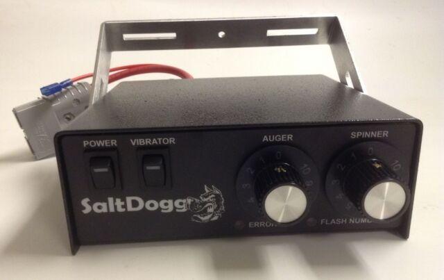 Saltdogg/Buyers Products 3016934 , Mando para 1400601SS-Z1070 Serie Esparcidor