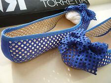 Ballerines suède ajourées bleu roi ROBERTO TORRETTA 38 - Blue suede flat pumps
