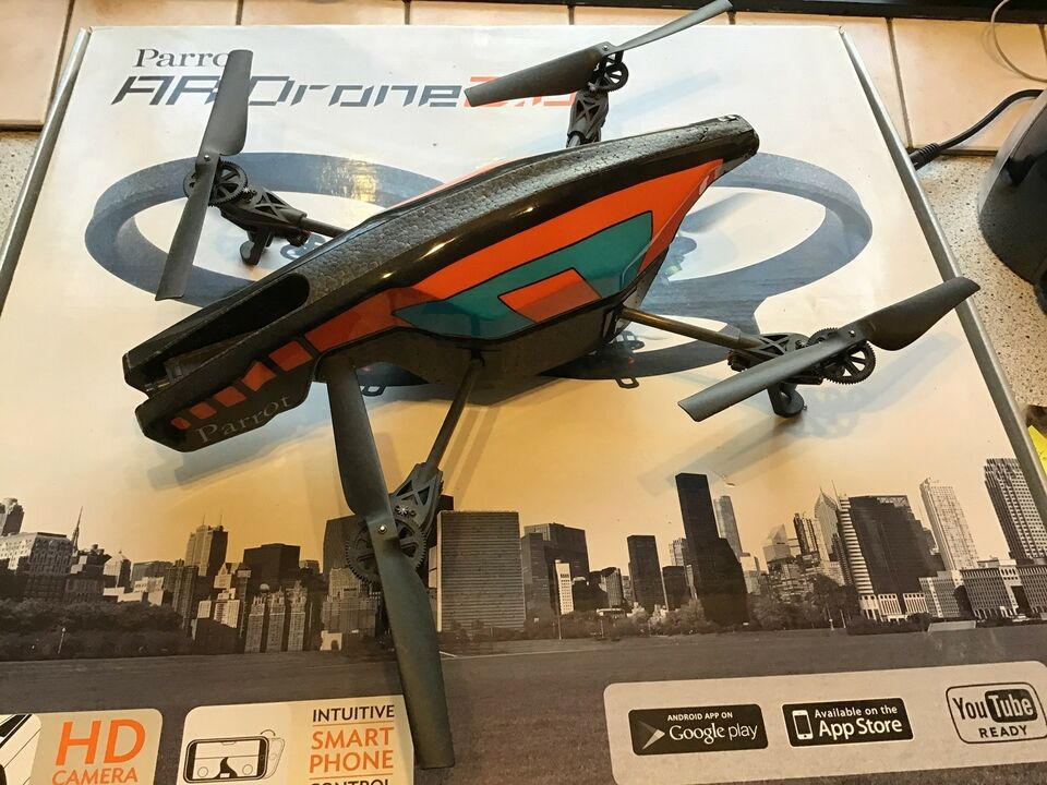 Drone, Parrot AR. Drone 2,0