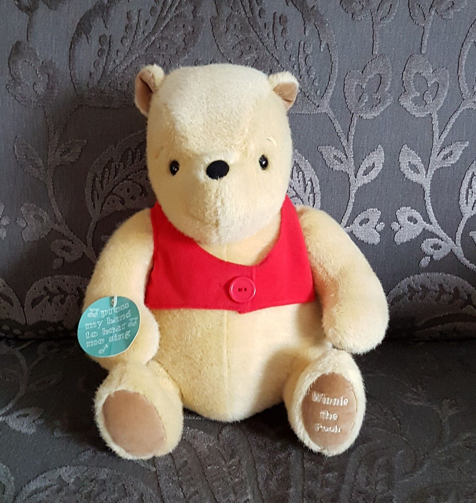 golden Bear Large 12  Musical Classic Winnie The Pooh RARE New Baby Gift BNWT