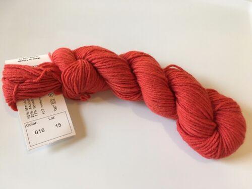 """Hikoo Simplicity #16 /""""Gypsy Red/"""" Merino Superwash Blend Yarn Soft DK Yarn 50gr"""