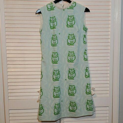 The Vested Gentress 1960s Cat Print Dress