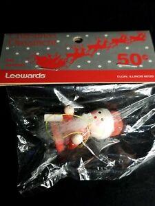 Vintage-LeeWards-Santa-With-Gift-Christmas-Ornament-New-In-Original-Unopened