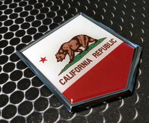 "California Flag Domed CHROME Emblem Proud Flag Car 3D Sticker 2/""x 2.25/"" Baja CA"