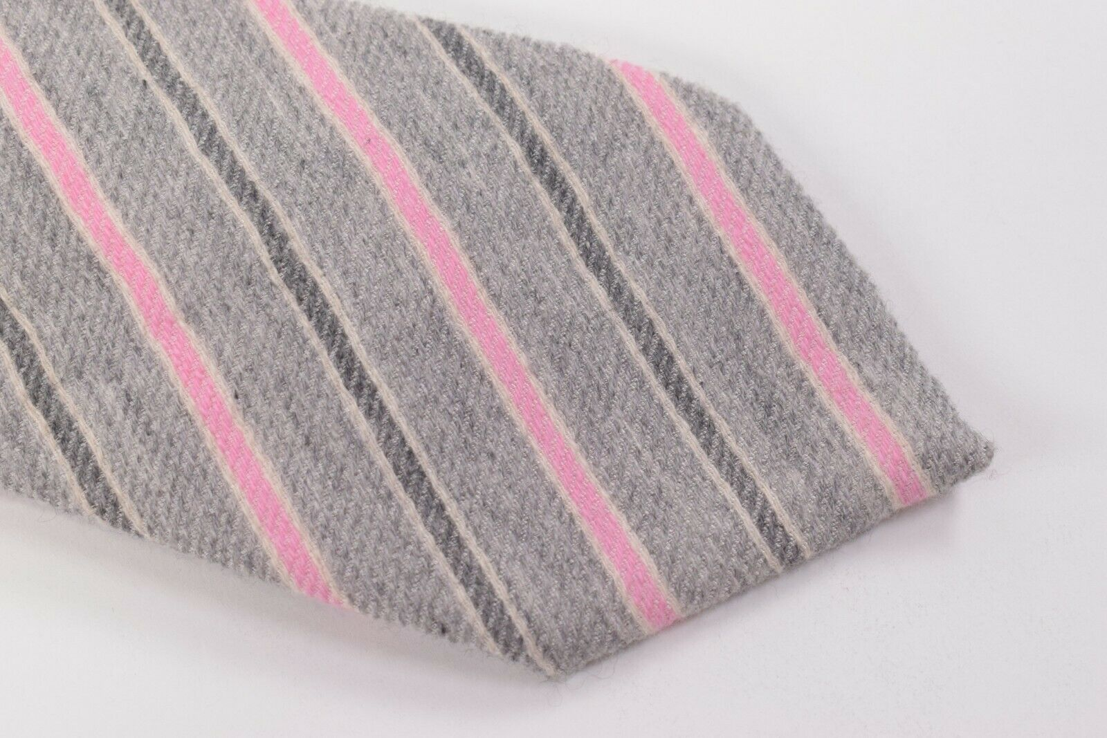 Belvest Neck Tie NWT Light Grey with Pink, Grey and White Stripes Cashmere Blend