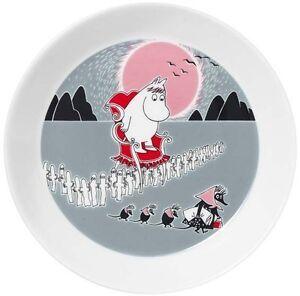 Moomin-Plate-New-Adventure-Move-Muutto-2013-Arabia-Finland