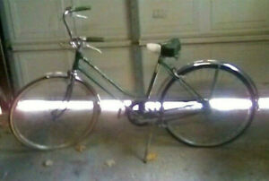 1970 Schwinn Deluxe Breeze Chicago 3-Speed Womens Bicycle 100% Original 26""