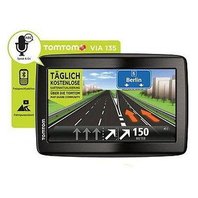 """TomTom Via 135 5"""" XXL Europa 45 Länder Bluetooth Handy Freisprechen WOW GPS Navi"""