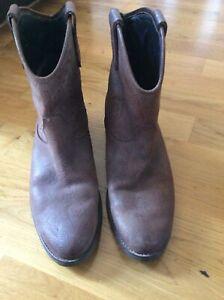 peach boots