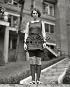 1922-MISS-WASHINGTON-EVELYN-LEWIS-IN-BATHING-SUIT-BEAUTY-WINNER-8X10-PHOTO-PINUP