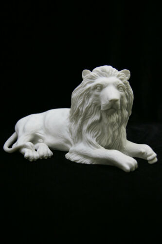 Laying Down Lion Italian Statue Figurine Vittoria Collection Made in Italy