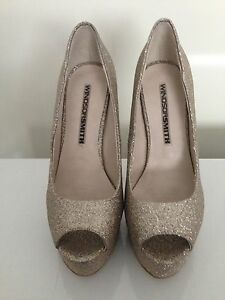 SEXY KILLER HEELS ~WINDSOR-SMITH ~ GOLD SPARKLE STILETTOS ~ SIZE ...