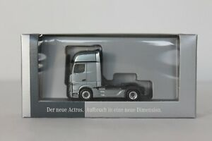 Mercedes-Benz Modellauto 1:87 LKW Actros 2.5 2-achsig Sattelzugmaschine