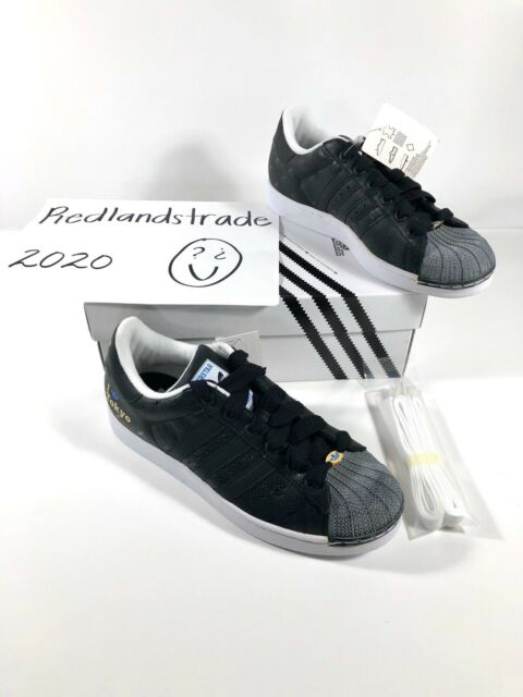 adidas superstar black and white size 2