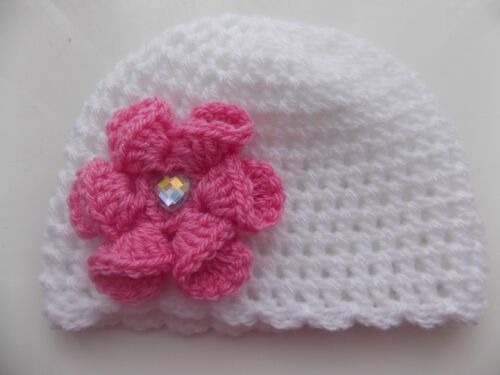 Baby Girl White Crochet Hat with a lovely large Deep Pink flower 0//3 mths