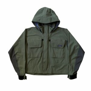 1999 Patagonia SST Angling Jacket in Green with Large Utility Pockets