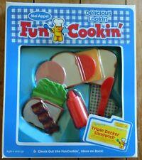 MEL APPEL Triple Decker Sandwich Toy Fun Cooking With Food Delicious Bacon Bread
