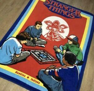 Stranger-Things-D-amp-D-Lucas-Dustin-Mike-Will-Demogorgon-Fleece-Plush-Throw-Blanket