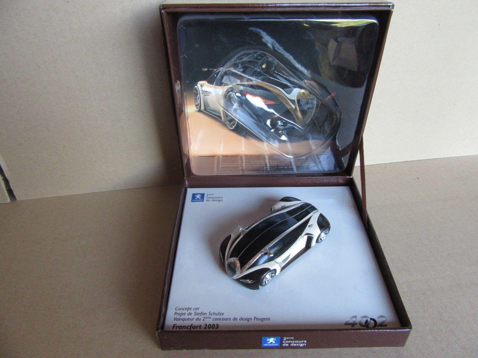 896G Norev C01 peugeot 4002 concept Car design Frankfurt 2003 1 43