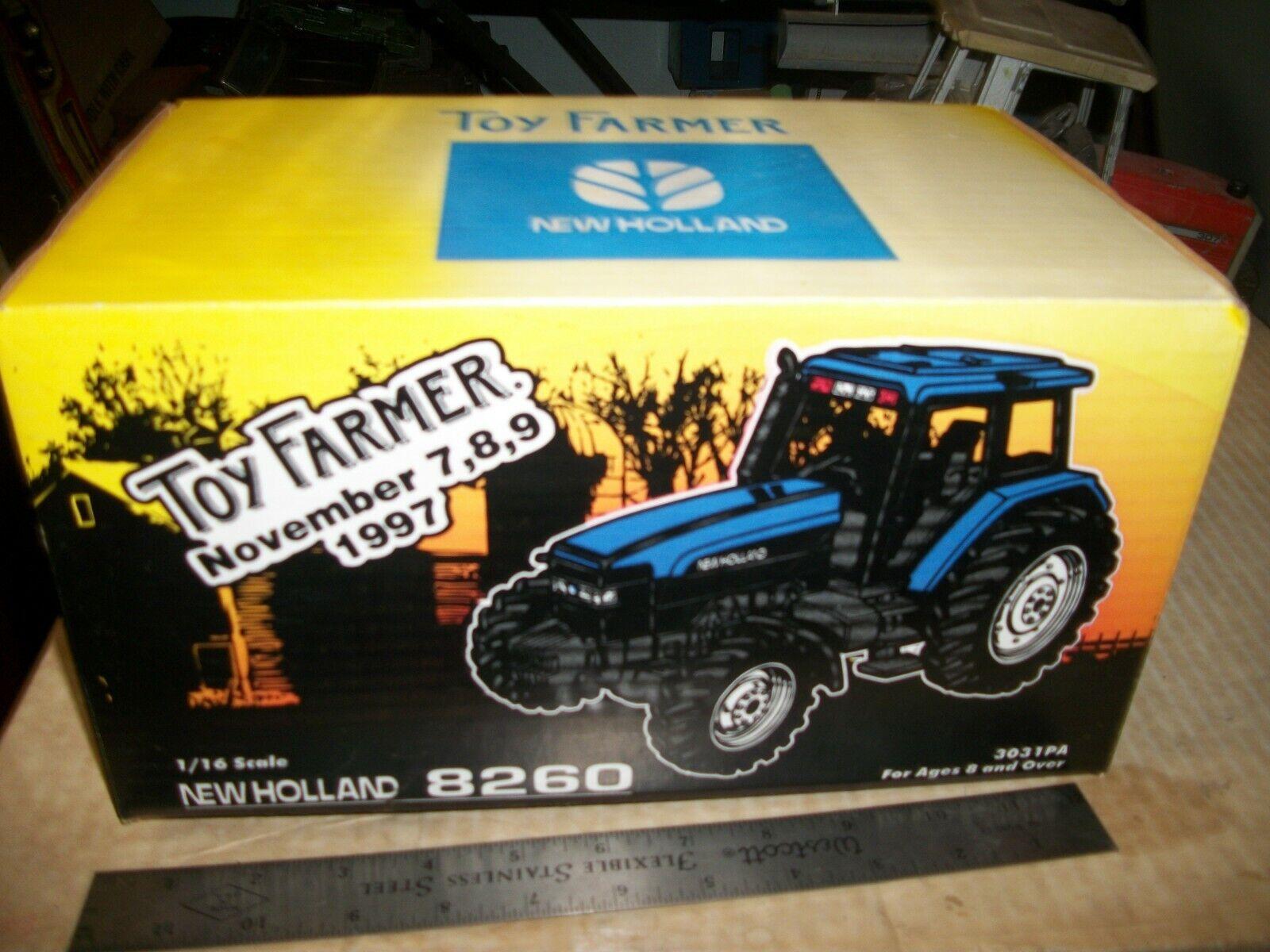 Toy FARMER NEW HOLLAND 8260 tracteur avec pièce d'or 1 16 RARE