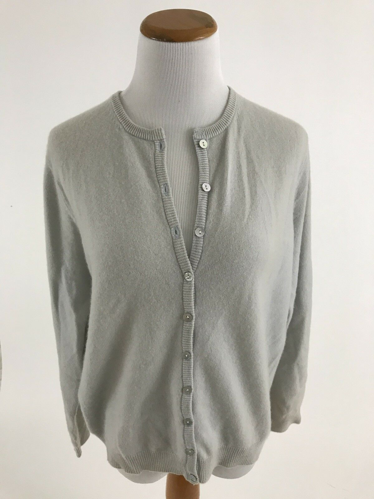 LL BEAN light gray 100% cashmere cardigan sweater women's M ...