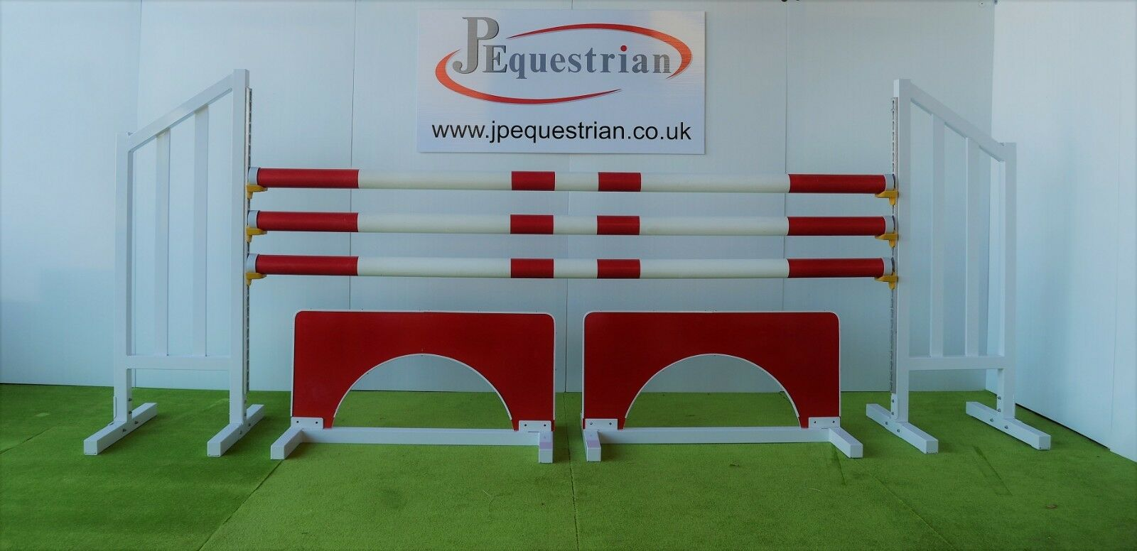 Red Viaduct Show jump Filler-For Showjumping