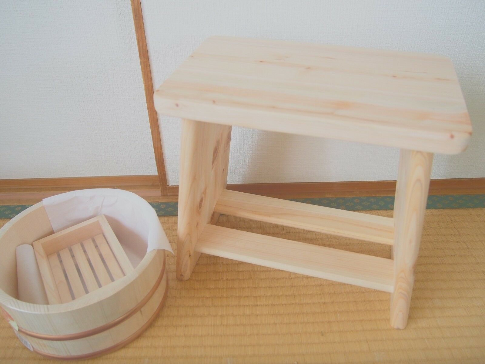 Oke Hoshino industry bath three-piece set A A set cypress bath chair Made in Japan 9f8217