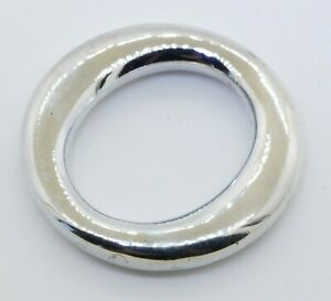 Tiffany-amp-Co-Elsa-Peretti-Spain-Sterling-silver-letter-034-O-034-circle-pendant