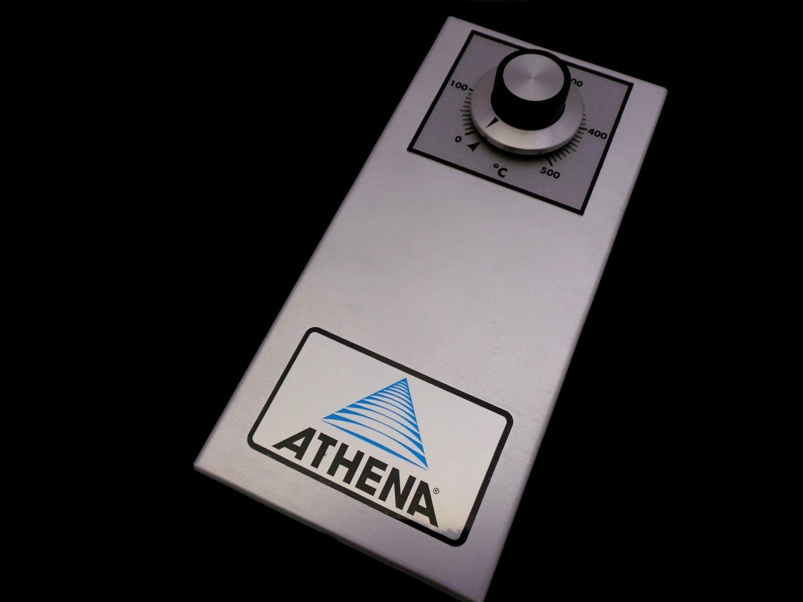 ATHENA 86-D-B-05C-000 SERIES 80 TEMPERATURE CONTROLLER 0-500 DEGREE C