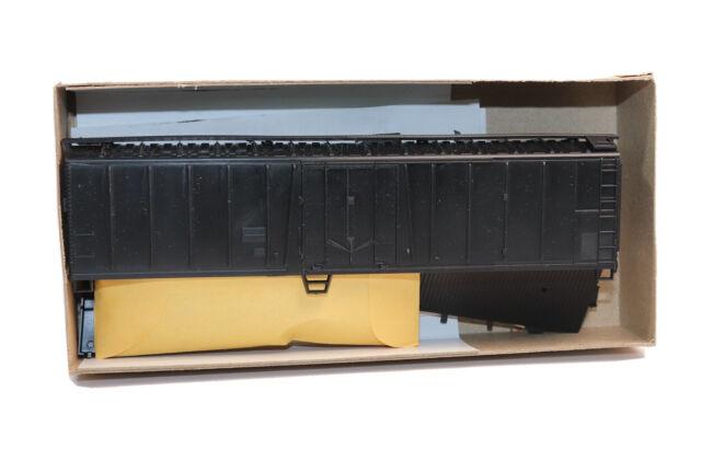 HO Athearn 50' Undecorated Black Mechanical Reefer Boxcar  Kit Original Box