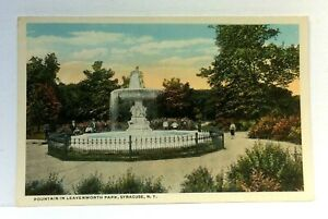 Syracuse-New-York-Leavenworth-Park-Fountain-Vintage-Postcard