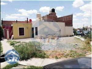 Casa en Villa Fontana Sur, Guadalupe, Zacatecas.