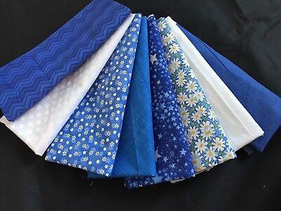 Royal Blue FQ Fat Quarter Zebra Patterns 100/% Cotton Quilting