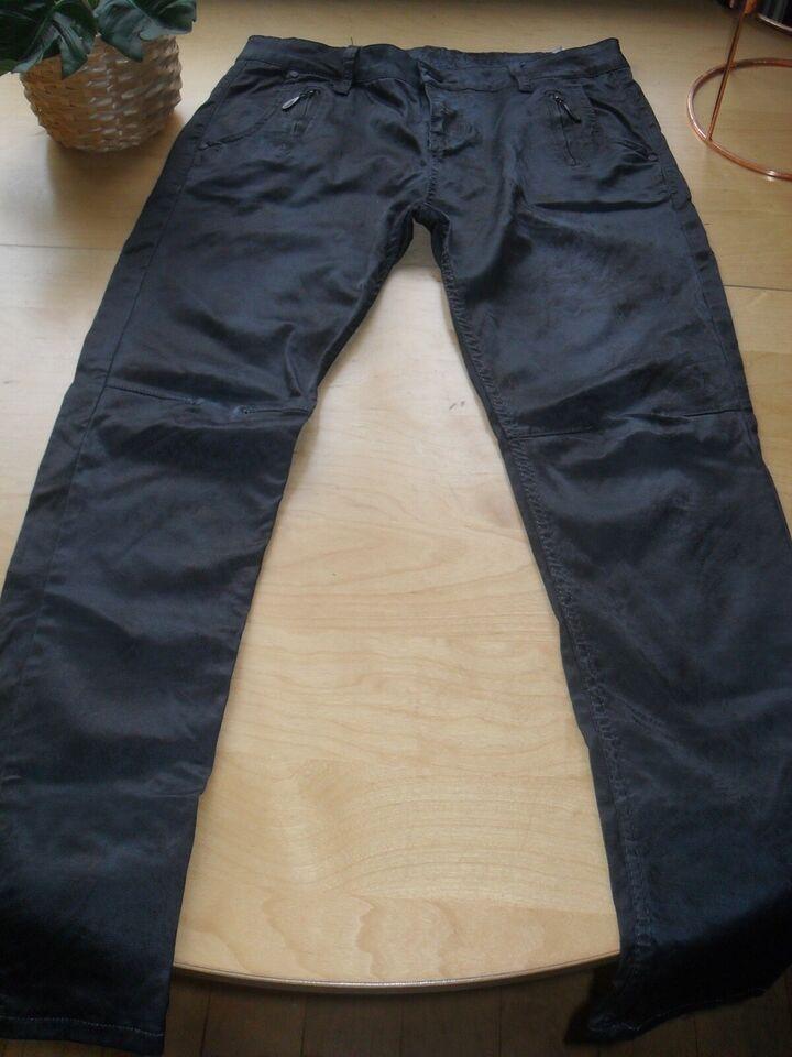 Jeans, Ketu Fashion, Berlin.