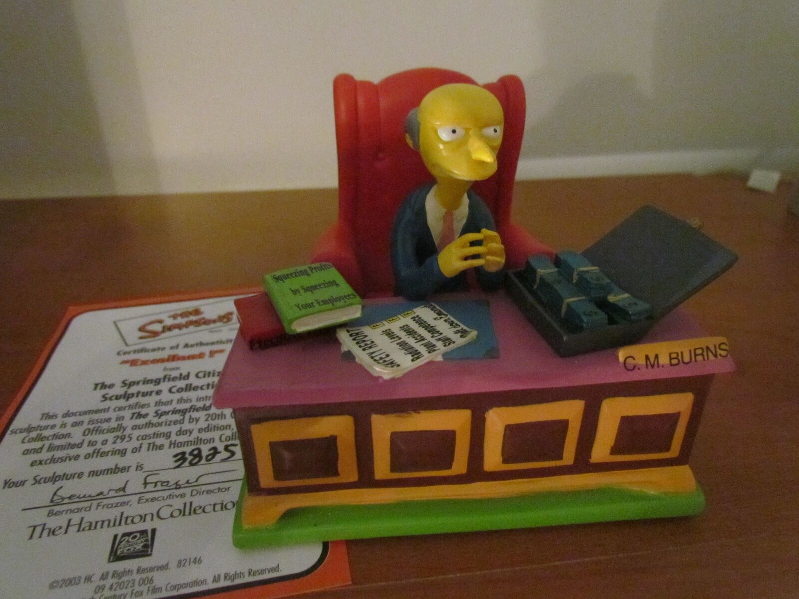 THE SIMPSONS MR CM BURNS EXCELLENT     SPRINGFIELD CITIZENS SCULPTURE COA 2003