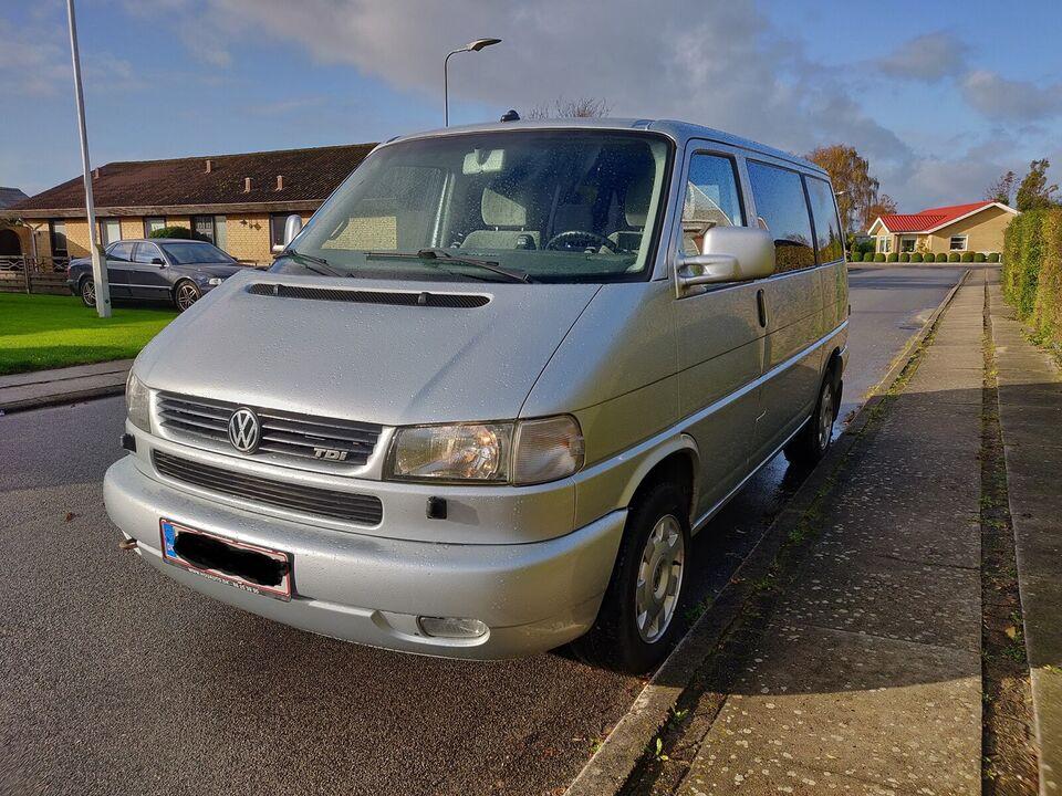 VW Caravelle, 2,5 TDi 102 Comfortline aut., Diesel