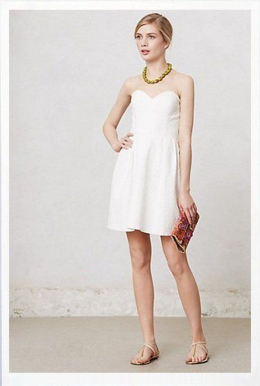 ERIN FETHERSTON WHITE STRAPLESS BROCADE DRESS - US 2