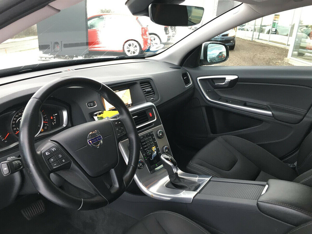 Volvo V60 2,0 D3 150 Kinetic aut. - billede 11