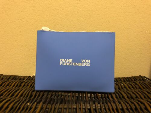 Diane Von Furstenberg Silicone Spill-Proof Toiletry// Makeup //bathing suit pouch