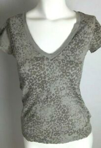 BANANA REPUBLIC Women's Knit Top XS Gray Leopard Print Short Sleeve V-Neck