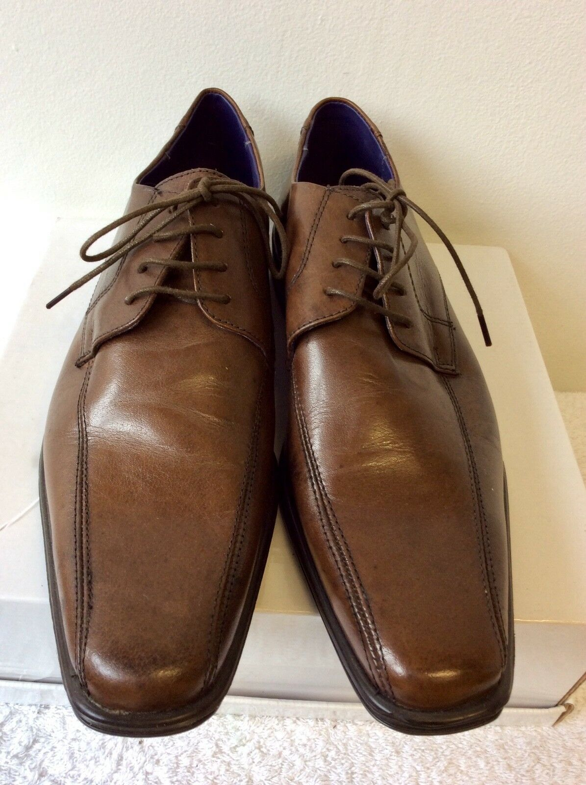 BRAND NEW TAYLOR & WRIGHT BROWN LEATHER LACE UP SHOES SIZE 9 44
