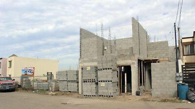 Se vende casa nueva en Fracc. Valle Dorado, Ensenada PMR-871