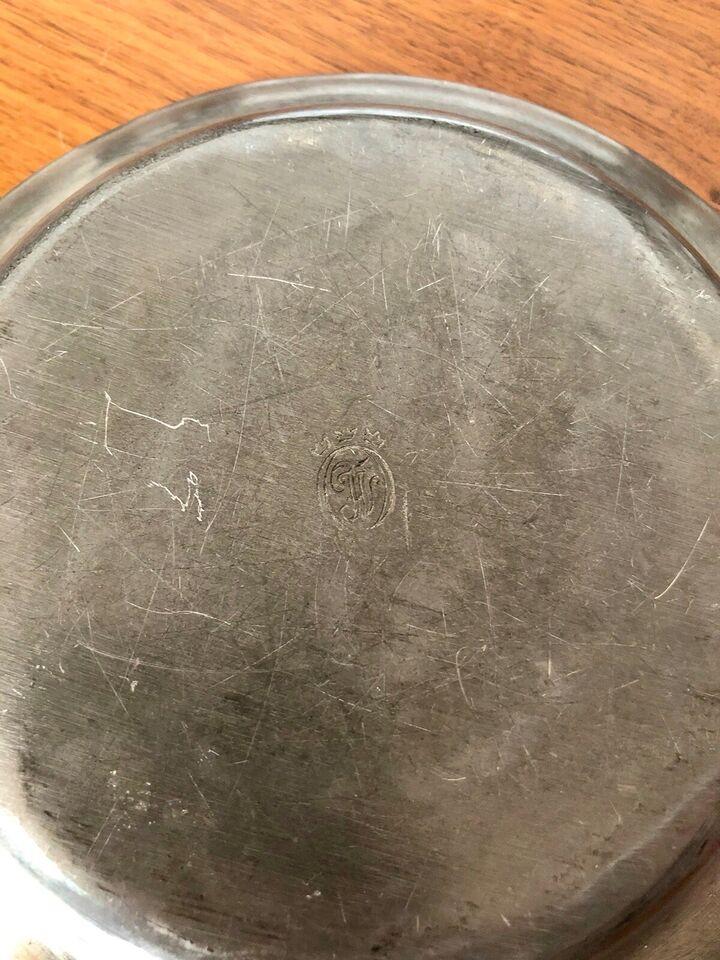 Tin fad Svensk 20 cm.