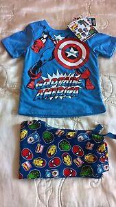 BNWT-Marvel-Super-Heroes-pyjamas-Spiderman-Captain-America-sleepwear-5-6-years