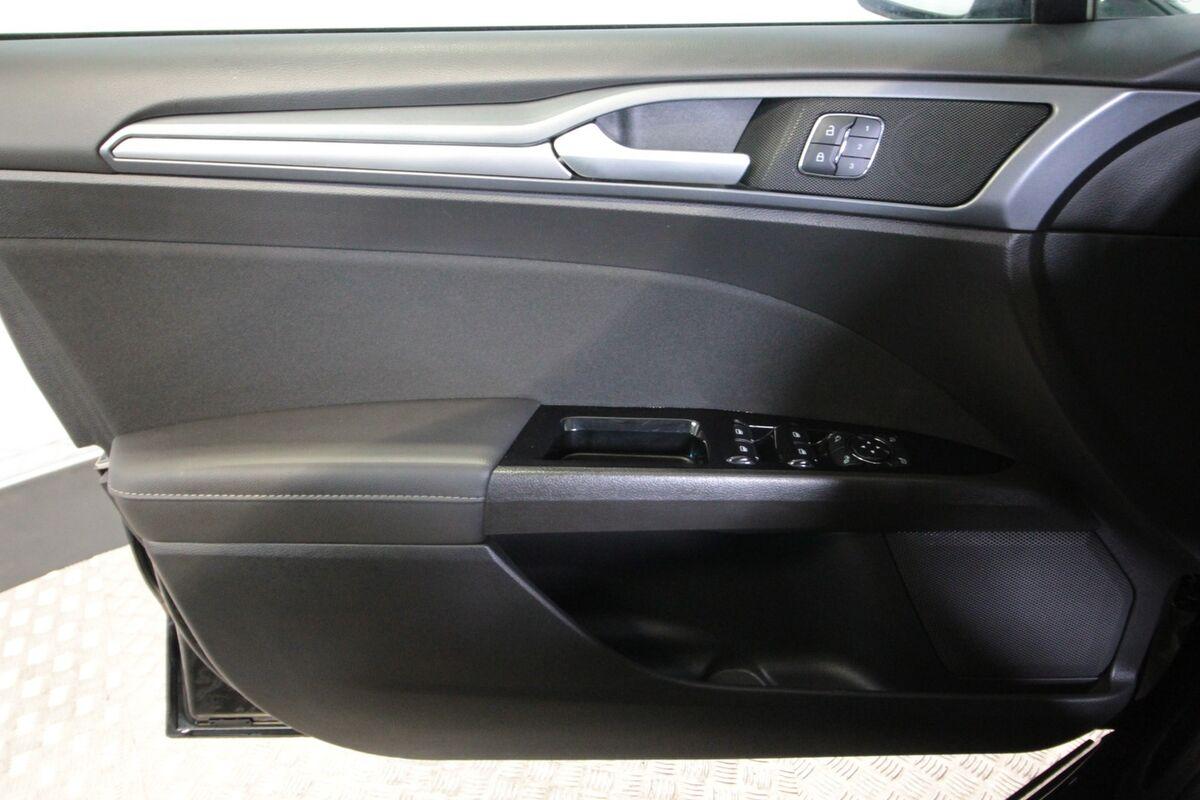 Ford Mondeo 2,0 TDCi 210 Titanium stc. aut.