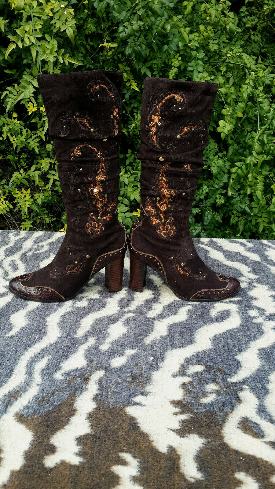 Mallanee brown Suede leather high heeled boots UK size 6
