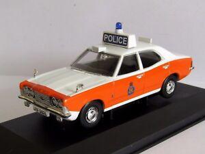 Vanguards-Ford-Cortina-MK-III-Lancashire-policia-policia-1-43-VA10301